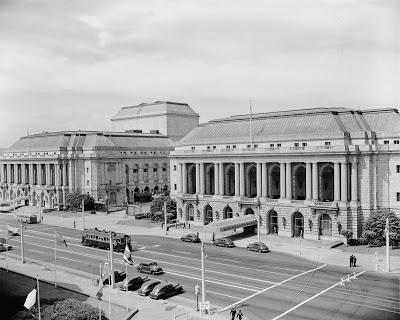San Francisco Opera House (left); War Veterans Building (right). Dag Hammarskjöld Library / Research Guides / UN Documentation.
